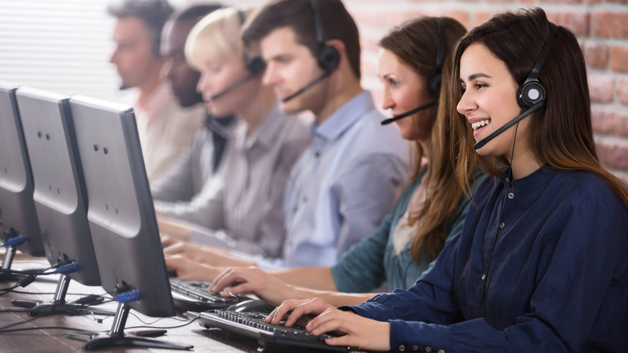 Inbound Callcenter Straightline1 Business Support